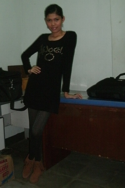 tawny tawny ankle boots - black mini black dress - gray black tights - black bla