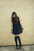 black vest - blue dress - black stockings - brown shoes