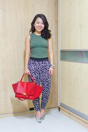 black prints Forever 21 pants - red Celine bag