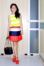 Black-chanel-bag-carrot-orange-mini-asos-skirt-yellow-sleeveless-zara-top