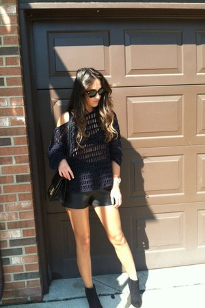 blue thrift sweater - black H&M boots - black Hermes bag - black vintage shorts