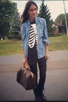 black wildfox vintage t-shirt - black Steve Madden boots - black H&M leggings