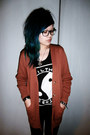 Burnt-orange-cardigan-black-printed-top-vest