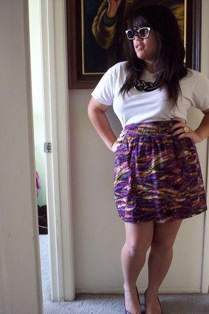 black love diva necklace - white shirt - purple cotton on skirt