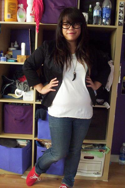 black blazer - white Hanes shirt - blue Bullhead jeans - red Dirty Laundry shoes