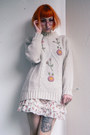 Off-white-vintage-sweater-off-white-bodyline-shoes-white-bodyline-shorts