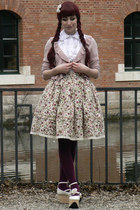 eggshell lolita handmade skirt - maroon c&a tights - off white Bodyline wedges