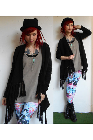 black vagabond shoes - black c&a hat - light blue Tally Weijl leggings