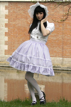 periwinkle lolita handmade skirt - white bonnet handmade by Proxima Vita hat
