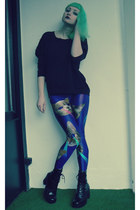 black New Yorker sweatshirt - blue Lovelysally leggings - black vagabond heels