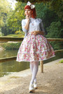 Cream-lolita-rabbit-heart-shop-skirt-off-white-bodyline-shoes