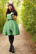 green DIY dress - teal antlers DIY accessories