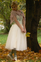 off white tulle handmade skirt - off white Bodyline shoes - aquamarine H&M shirt