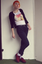 brick red H&M shoes - white F&F t-shirt - black Orsay pants - black H&M cardigan