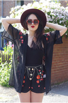 black USC shorts - brick red heart zeroUV sunglasses - black kimono USC intimate