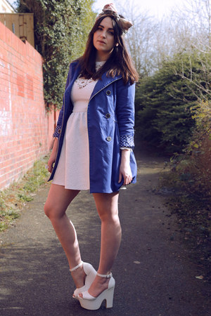 ivory lace Dahlia dress - white chunky heels Ebay shoes - blue yumi coat