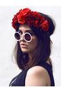 Black-daisy-print-hearts-and-bows-skirt