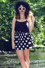 White-roses-and-clementines-sunglasses-black-hearts-and-bows-skirt