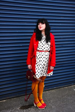 heart dress Primark dress - red clogs Lotta from Stockholm clogs