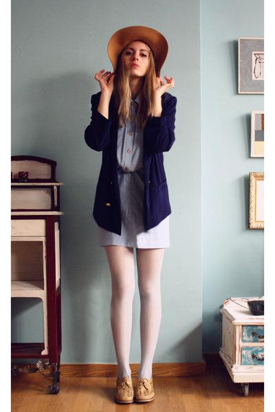 vintage jacket - vintage shoes - vintage dress - Primark hat - Primark tights