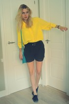 second hand blouse - Vans shoes - Primark bag - H&M shorts