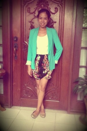 turquoise blue Zara blazer - black Zara skirt - white cropped Zara top