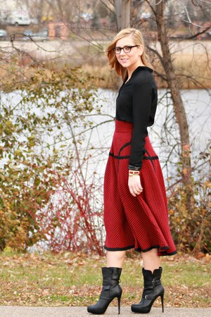 red houndstooth eShakti skirt - black JustFab boots