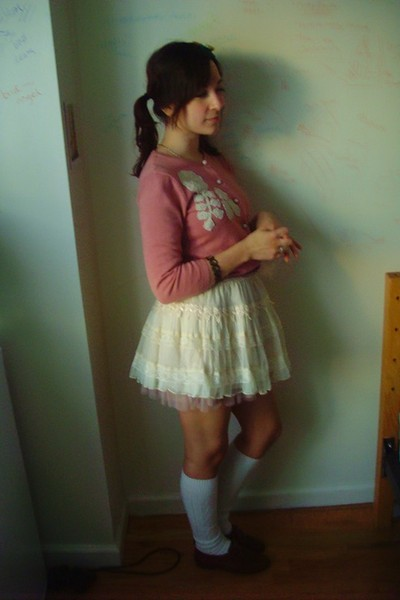 pink Jones Wear Jeans cardigan - beige Forever 21 skirt - white H&M socks - brow