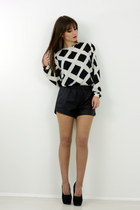 black shorts shorts - white sammydress top