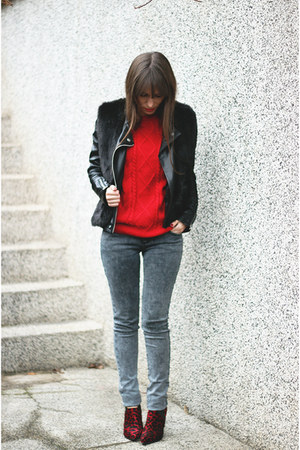 red OASAP sweater - ruby red asos boots - black Chicwish vest