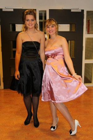 black dress - bubble gum dress