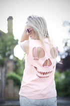 pink skull Zara t-shirt - heather gray River Island jeans