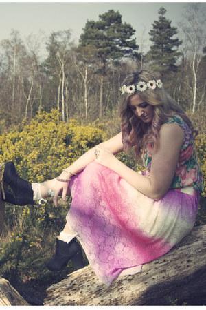 black so you shoes boots - aquamarine vintage vest - bubble gum asos skirt