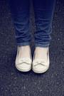 Blue-primark-jeans-beige-tk-maxx-hat-navy-primark-bag-nude-primark-flats-