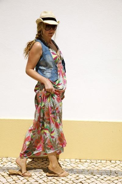 pink River Island dress - gold Primark shoes - blue Primark vest - beige Primark