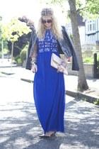 blue chichi dress - peach clutch dune bag - black rockstuds OASAP heels