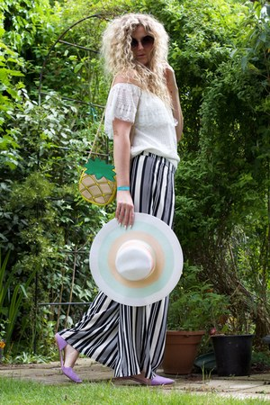white floppy hat Primark hat - white Primark top - navy palazzo pants H&M pants