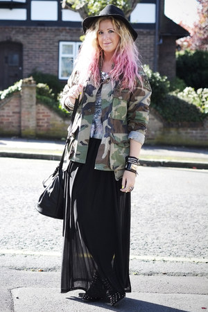 dark green camo vintage jacket - black studded Topshop boots