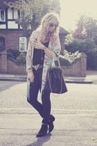 light blue kimono glamourous cape - black studded Topshop boots