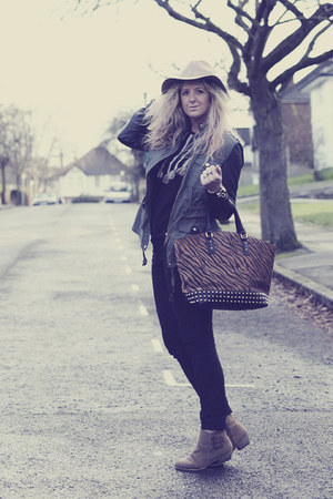 dark brown studded Market bag - tan Primark boots - black Primark jeans