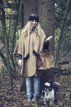camel vintage coat - camel Primark shoes - light blue Zara jeans - black H&M hat