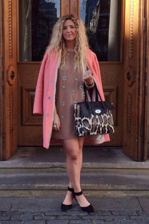 salmon Topshop coat - light brown H&M Trend dress - black Primark heels