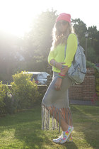 hot pink beanie Primark hat - heather gray diy maxi Boohoo dress