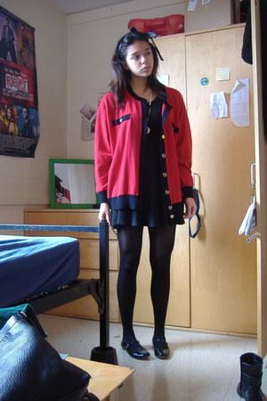 black vintage dress - black t-strap Urban Outfitters flats - black red grandma t