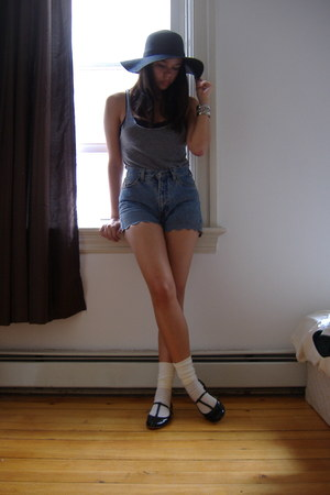 UO hat - diy denim Levis shorts - aa top - t strap UO flats
