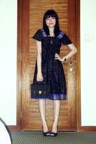 black Singapore Bazaar dress - gold Singapore necklace - black rubi shoes - blac