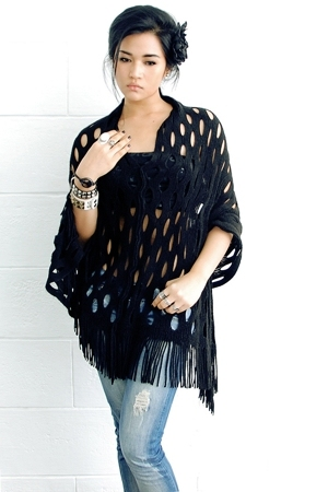 thrift top - Zara jeans - my closet accessories - mixed accessories