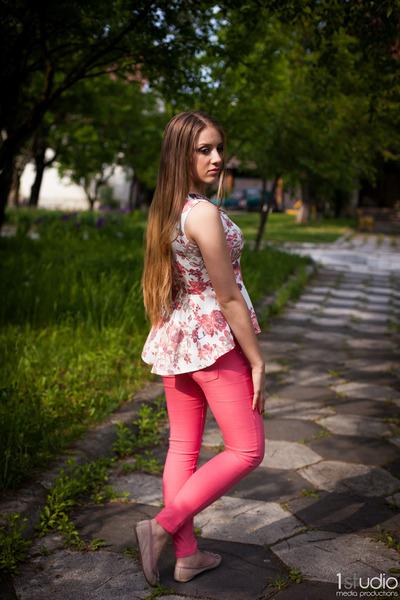 salmon shirt - Bershka pants