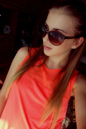 sunglasses - H&M top