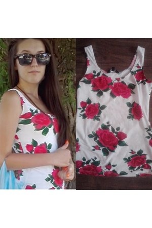 red flowers print giamia shirt - black beauty Zara sunglasses